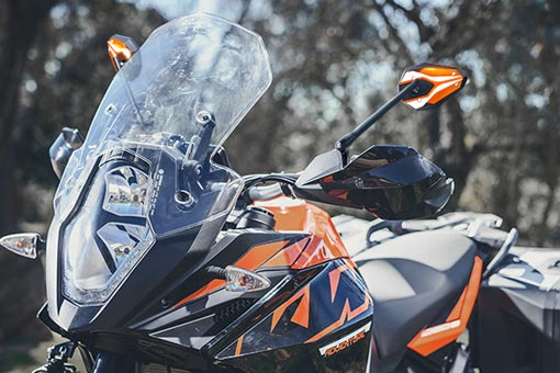 KiWAV ViperII orange mirrors on KTM 1090 adventure