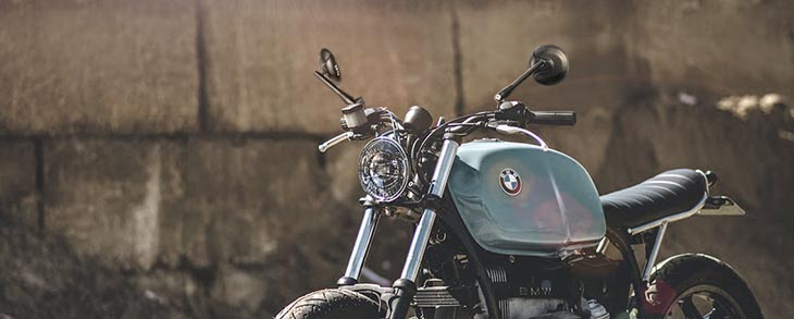 KiWAV Retro black mirror on BMW R1000 scrambler