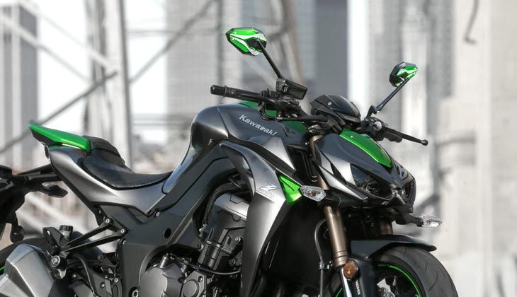 KiWAV ViperII green mirrors on Kawasaki Z1000R